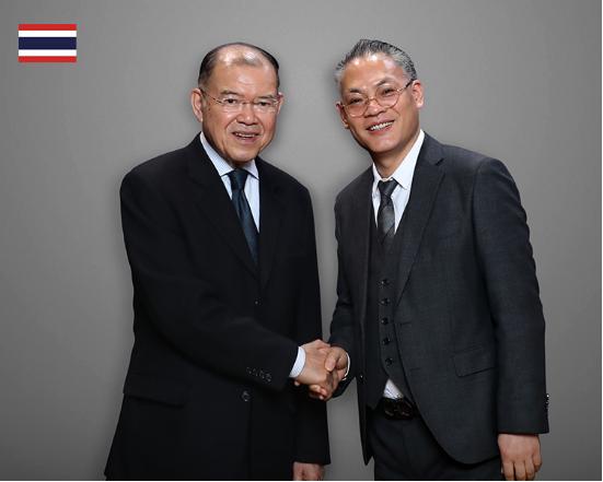 "XDR(艾斯蒂尓)亚太地区负责人与泰国副总理帕猜·巴尼巴滴会晤于""东盟经贸论坛"""