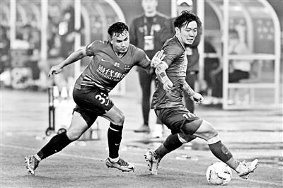 郭安在新赛季首次以2比1战胜重庆当代