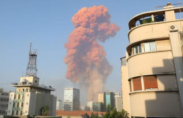 在贝鲁特港被点燃硝酸铵用途是什么?炸药厂:最初用于采矿