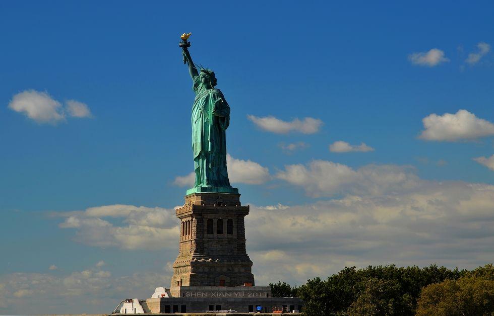 美国纽约市有23000人死于新型冠状病毒。