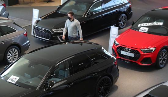 今年7月,全球汽车市场终于复苏,全年跌幅超过20%