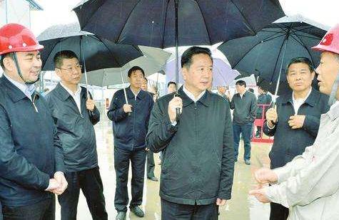 李小鹏吴政隆在南京调研:保护好一江清水,充分发挥黄金航道的黄金效益