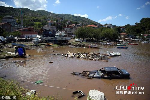 土耳其北部的洪水造成至少6人死亡