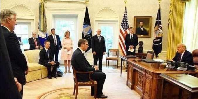 """""""不要脸""""的塞尔维亚总统武契奇,却赢得了全世界的尊重"""