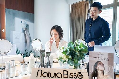 """至""""纯""""追求,""""悦""""享人生 Natura Bissé悦碧施携手首位中国区品牌大使李纯"""