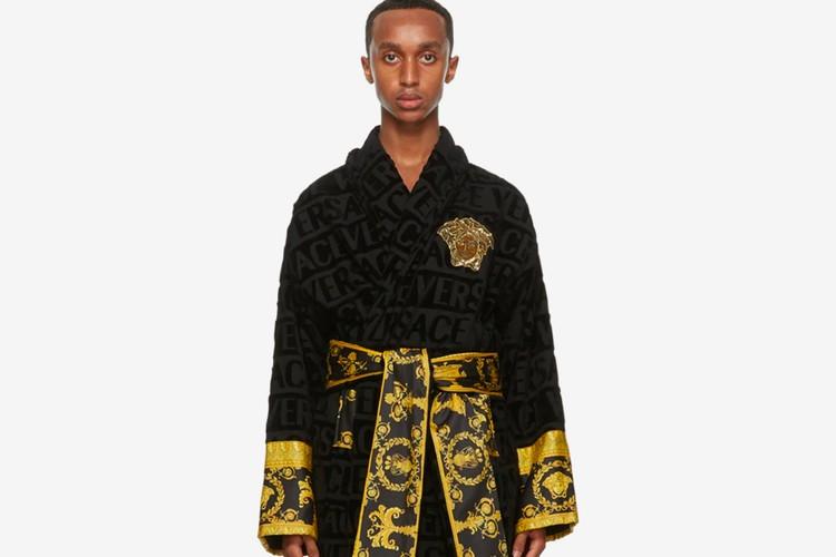 范思哲(Versace)发布手工艺奢华浴袍