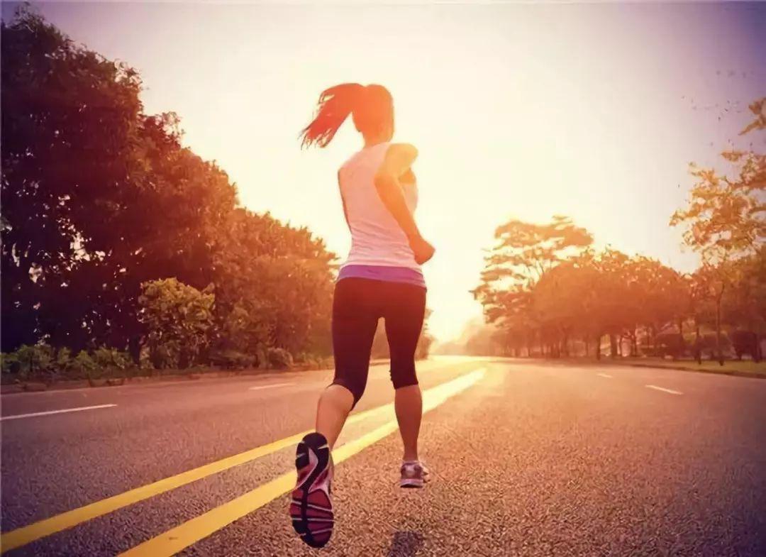 新的研究表明,晨练对减肥有更好的效果。