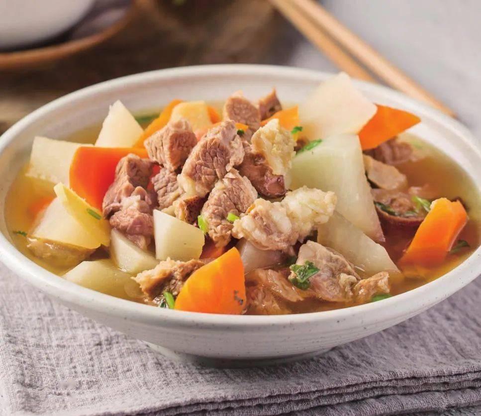 入秋多吃这种蔬菜好处多,用它和牛腩一起炖。