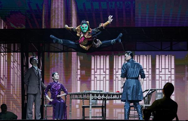 《努力餐》亮相上海国际舞蹈中心