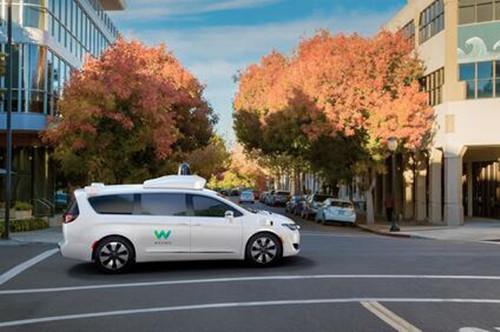 Waymo公开:周四起向Waymo One乘客开启全自动驾驶服务