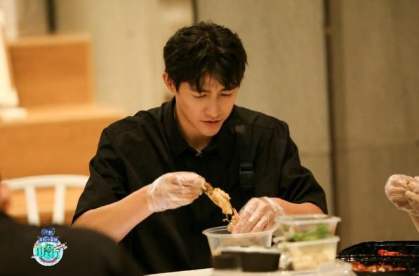 《中餐厅4》李子峰化身美食猎人