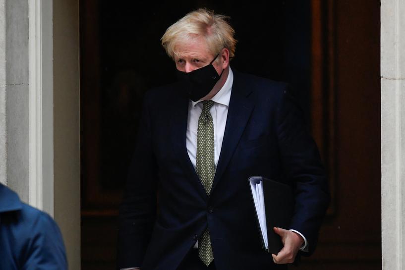 英国部分地区疫情反弹严重