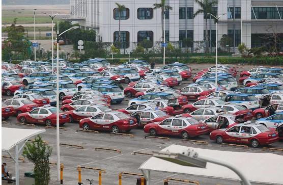 报告:越来越多的出租汽车司机将网约接单组作为主要的接单形式
