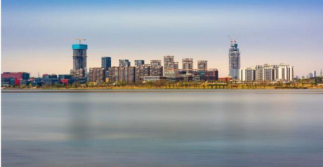 """促进自由贸易的创新与发展  建设内陆开放经济高地的""""加速器"""""""