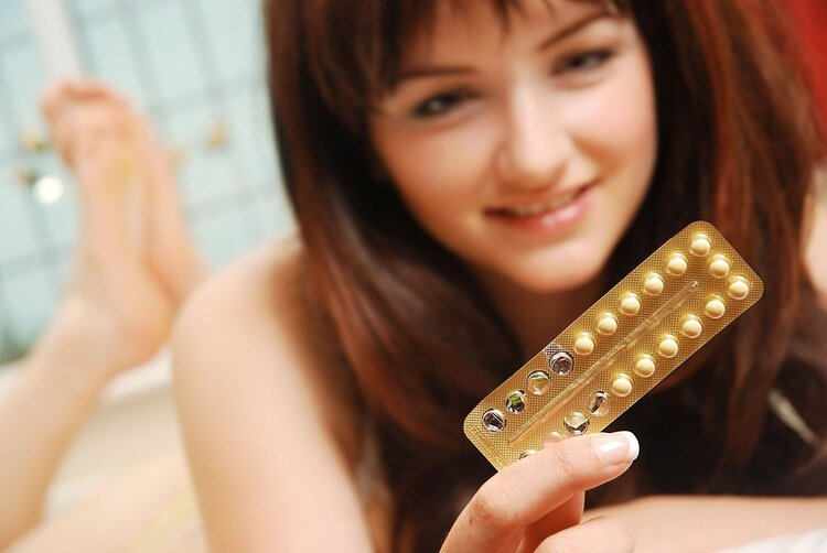 女性长期服用避孕药,对月经有影响吗?
