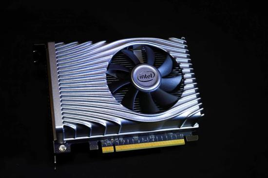 英特尔:重返独立显卡市场:Xe GPU 的发展进展顺利