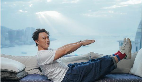 陈奕迅全新单曲《致明日的舞》 给予温暖拥抱