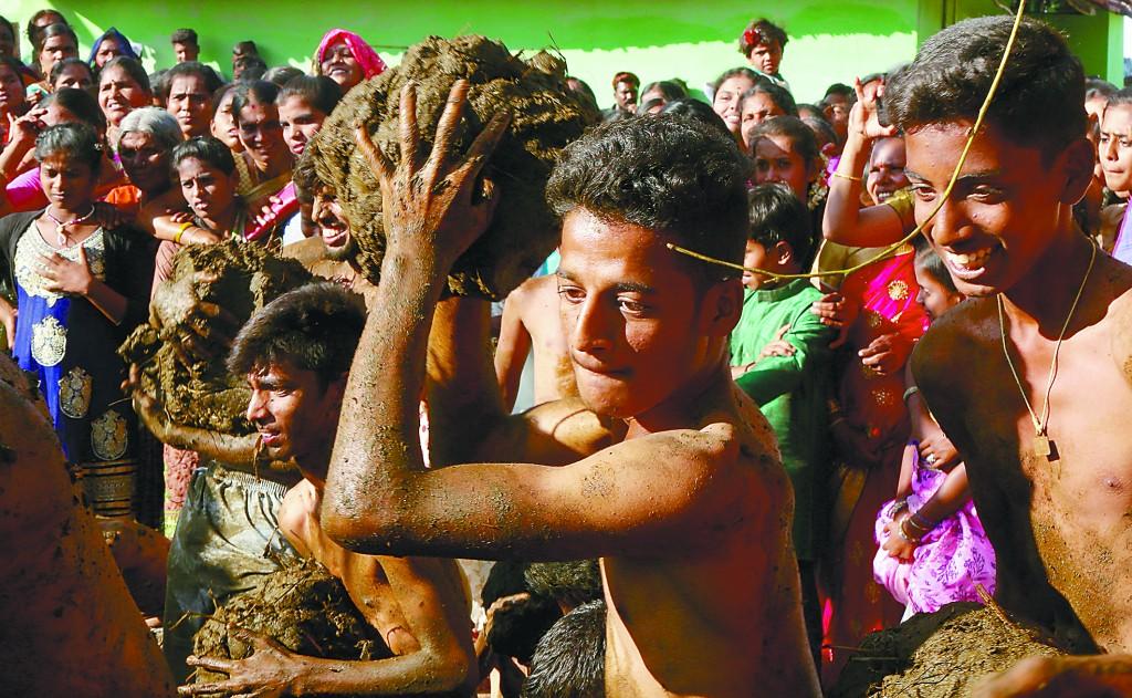 牛粪:在印度,被充当人的灵魂伴侣