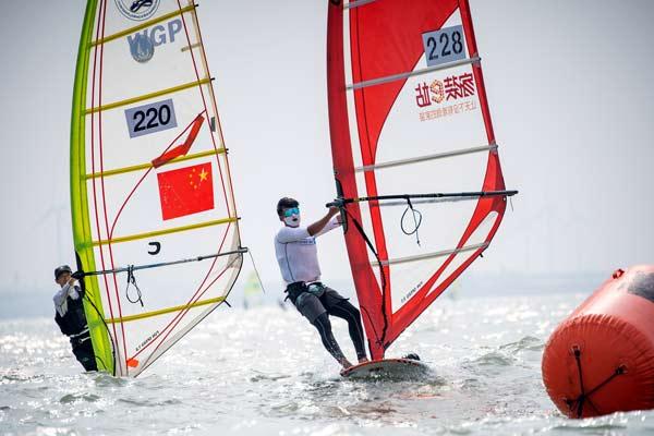 国际旅游岛帆板大奖赛(东方站)开幕