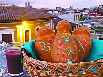 """厄瓜多尔亡灵节:吃娃娃面包,喝""""血饮"""""""