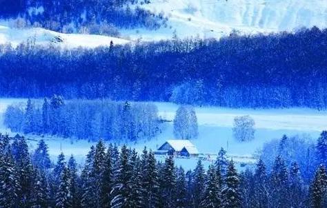 新疆喀纳斯筹备多项旅游活动的新雪季来袭