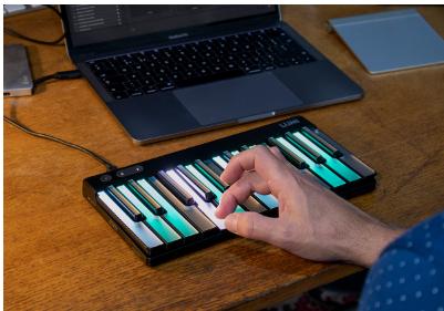 Pro Lumi结合了键盘传统和富有表现力的MIDI功能