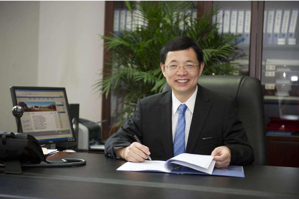 西安电子科技大学校长杨宗凯:利用技术促进教师发展促进教育创新