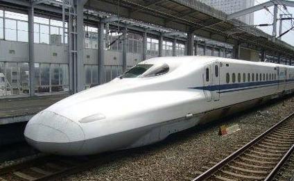 日本一辆新干线列车因异常声响紧急停车, 千多人受影响