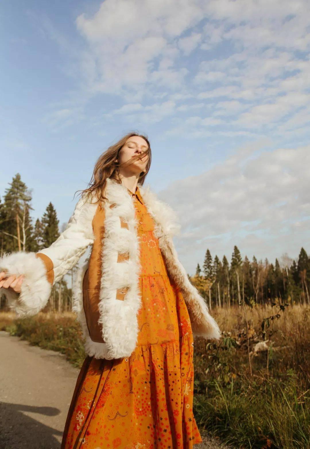 大衣+裙子,冬天最气质组合,美呆了