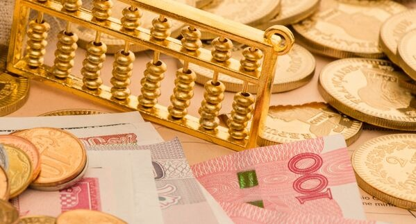 上海技能人才平均工资突破12万元