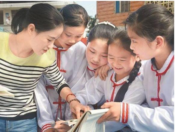 上海明确教师流动规定,促进基础教育质量平衡发展