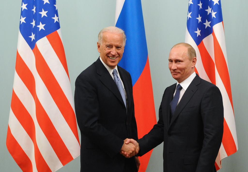 俄方称将公布对美制裁名单:让美国官员了解制裁措施