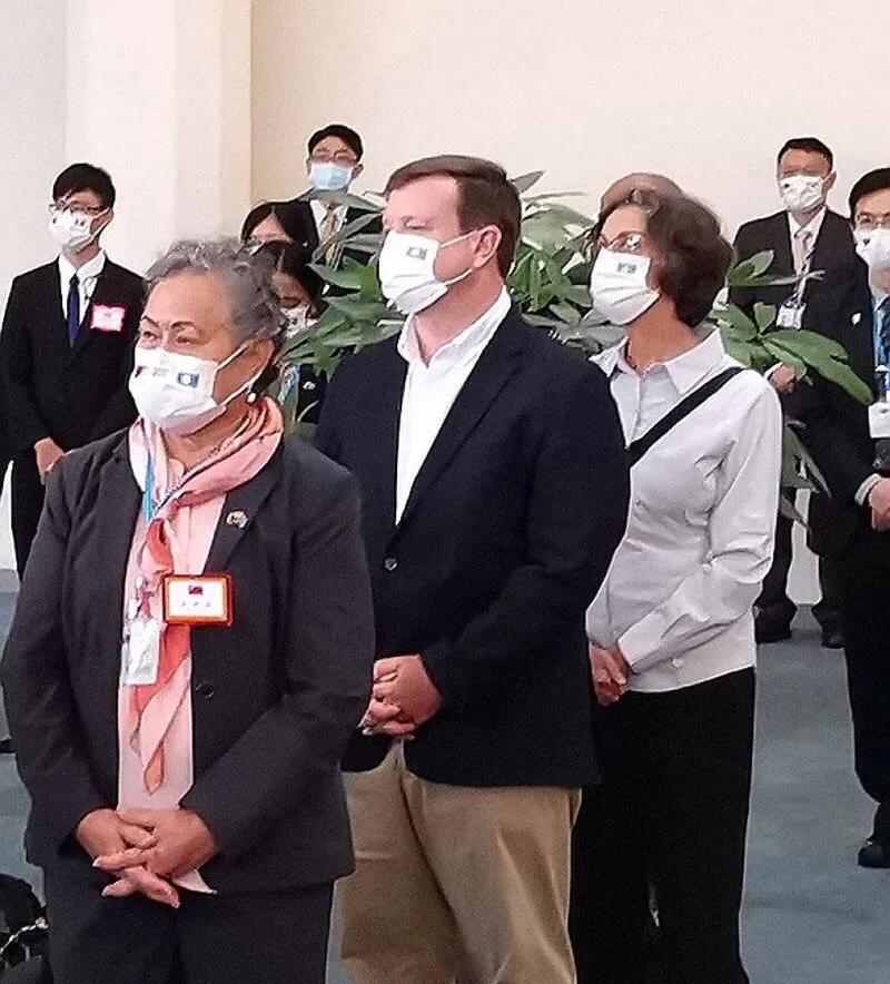 台媒:美国大使跟随帕劳总统抵台