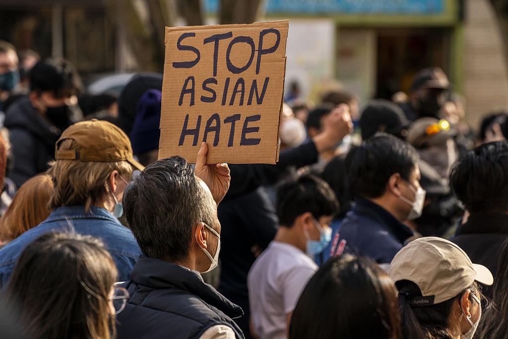 美国亚裔奥运的选手谴责种族主义:拿了金牌也躲不过人们的歧视