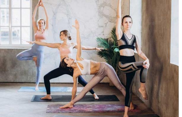 萨托瑜伽网课,让专业老师陪你在家学瑜伽!